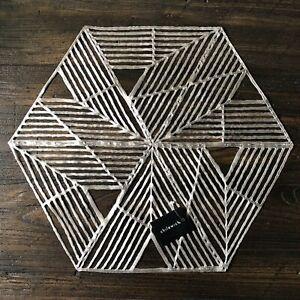Chilewich Gunmetal Silver Geometric Pinwheel Placemat, NEW