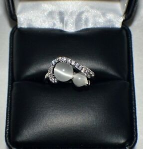 GLAMOROUS 1.32ct NATURAL OPAL CATS EYE PLATINUM OVERLAY STERLING  SILVER RING