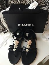 NEW IN BOX CHANEL BLACK WHITE CAMELLIA FLOWER THONG SANDALS FLAT SHOES 38.5