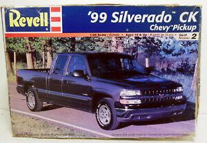 Revell 1999 Chevy Silverado CK Pickup Truck Kit