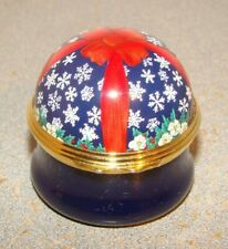 Halcyon Days for Zell Bros. Snowflakes & Ribbon Trinket Box
