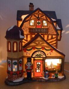 Grandeur Noel Victorian Village Toy  Games Shop Replacement 2000 Imperfect
