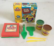 VTG Play-Doh Making Meals Pizza Party Hasbro 22208 1998 2 Cans Sealed