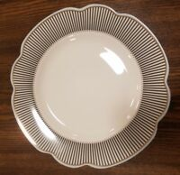 NEW (4) Grace's Teaware SCALLOP BLACK STRIPE BLUE TRIM Dinner Plates Home Decor