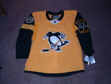 PITTSBURGH PENGUINS 2017 STADIUM SERIES AUTHENTIC GOLD HOCKEY JERSEY sz 56 NWT