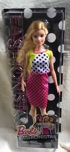 BARBIE FASHIONISTAS #13 - DOLLED UP IN DOTS