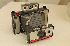 Très joli Polaroid 220