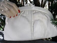 Vtg 60s 70s Cream Off-white Leather Clutch Purse with Plastic Frame