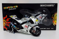 "MINICHAMPS VALENTINO ROSSI 1/12 YAMAHA M1 GP ESTORIL 2009 LIMITED EDITION ""RARE"""
