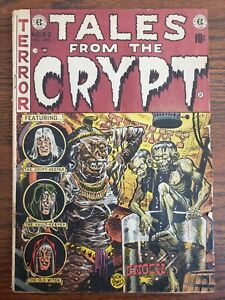 EC COMICS: TALES FROM THE CRYPT #33 UNRESTORED ORIGINAL COPY-VERY RARE