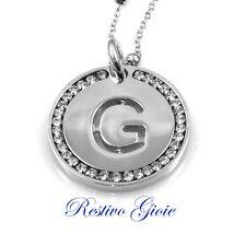 Collana e ciondolo con iniziale lettera G e zirconi in ottone argentato