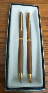Vintage Hallmark Wooden Pen Set.