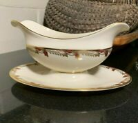 Lenox Essex Gold Trim Smooth Gravy Boat w/ Attached Under Plate USA - Excellent