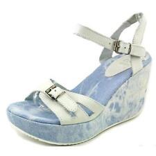 Sandali e scarpe per il mare da donna dalla Spagna