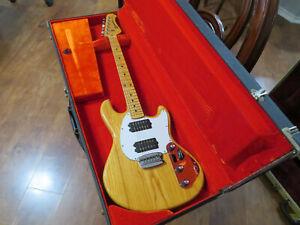Rare 1976 Music Man Stingray Guitar by Leo Fenderw case NM Radio Knobs Low Ser #