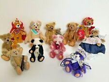 LOT 11 SIGNED JOINTED CHARACTER / PANDA / MOHAIR WORLD OF MINIATURE BEARS