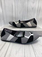 EUC SKECHERS Women's Memory Foam Air Cooled Black White Flats Shoes Sz 9