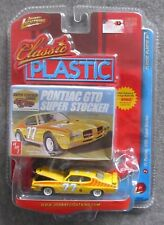 NIP JOHNNY WHITE LIGHTNING WL 71 GTO SUPER STOCKER CLASSIC PLASTIC VHTF 1/64