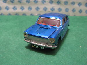 Vintage - Austin 1800 With Suitcase - Dinky Toys 171