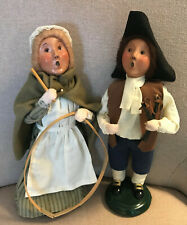 1999/2001 Byers Choice Williamsburg (2) - Girl w/Hoop & Boy w/Slingshot