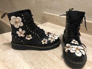 Authentic Dr Martens 1460 Black Leather White 3D Flowers Boots  UK 8 EU 42 US 10