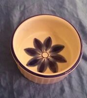 Bowl Crock Ceramic Viana Du Castelo Vintage Hand Painted Made in Portugal NICE