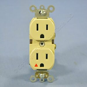 Leviton Ivory ISOLATED GROUND INDUSTRIAL GRADE Receptacle Outlet 15A 5262-IGI