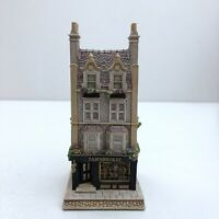 Lilliput Lane Pawnbroker L2052 complete with Deeds