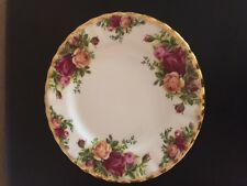 Royal Albert Old Country Roses Dessert Plate - 1962 - Bone China - England EUC