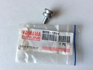 Nos Yamaha XS1100 78-81 XJ1100 1982 crankcase Plug 90338-13084