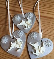 3 X Reindeer Christmas Decorations Shabby Chic Rustic Wood Heart Silver Cream