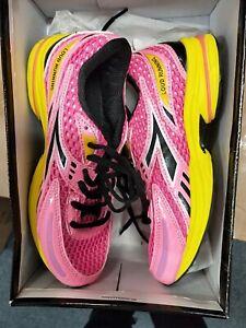 Diadora Loud Runners size 4