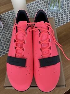Rapha Limited Edition Classic Shoes High Vis Pink.