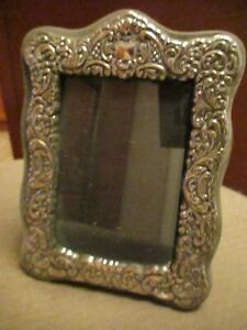 VTG. ENGLISH SILVER PLATE ORNATE  SCROLLED RELIEF PICTURE FRAME