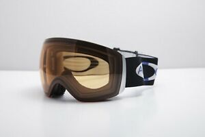 Oakley Flight Deck XM Large Fit Ski/Snowboard Goggles