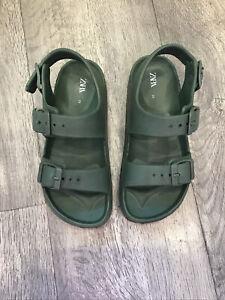 Boys Zara Jelly / Rubber Sandals Size 28 / 10