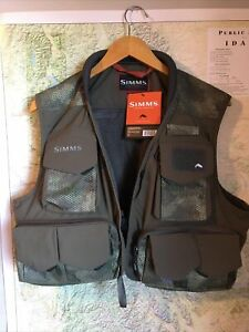 Simms Fishing Products Freestone Vest Hex Camo XL