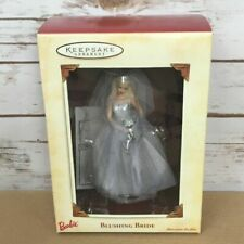 Hallmark Keepsake Ornament - Blushing Bride Barbie 2002 Qxi5323