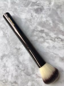 NEW Hourglass No.2 Blush/Foundation Makeup Brush RRP89