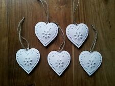 Set Of 5 White Vintage Chic Hanging Hearts Decorations Metal Shabby Chic