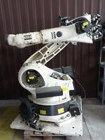 KUKA   KR180   ROBOT