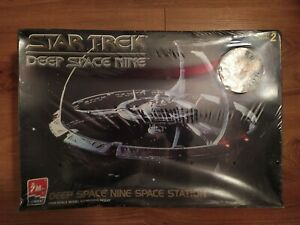 Star Trek Deep Space Nine 1/2500 Ertl OVP Limited Edition