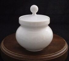 Kaiser KAI20 White Embossed Sugar Bowl with Lid Made in Germany