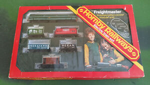 Hornby OO gauge R570 Freightmaster set with Class 31 loco, 5 wagons & some track
