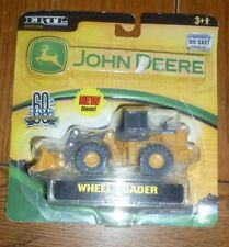 ERTL John Deere  Die Cast Wheel Loader RC2 60th Anniversary 1945-2005 NIP
