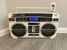 Lasonic i-931 IPOD/ USB Port/ Radio SD Card Slot Aux RETRO Boombox Ghettoblaster