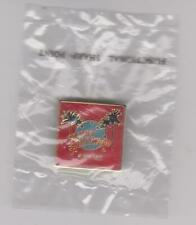 Classic Planet Hollywood Pin / Badge Beverly Hills Palm Trees with Globe