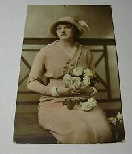 Lot100x - BEAUTIFUL YOUNG WOMEN British Beauty HAND PAINTED Rotary Postcard