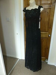 Pretty black lace off the shoulder evening dress from Babyonline size 12
