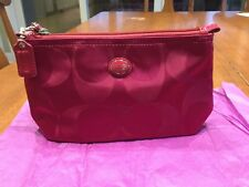 NWT Coach Gorgeous Fuchsia Signature C Travel Cosmetic Pouch/Makeup Bag #77382